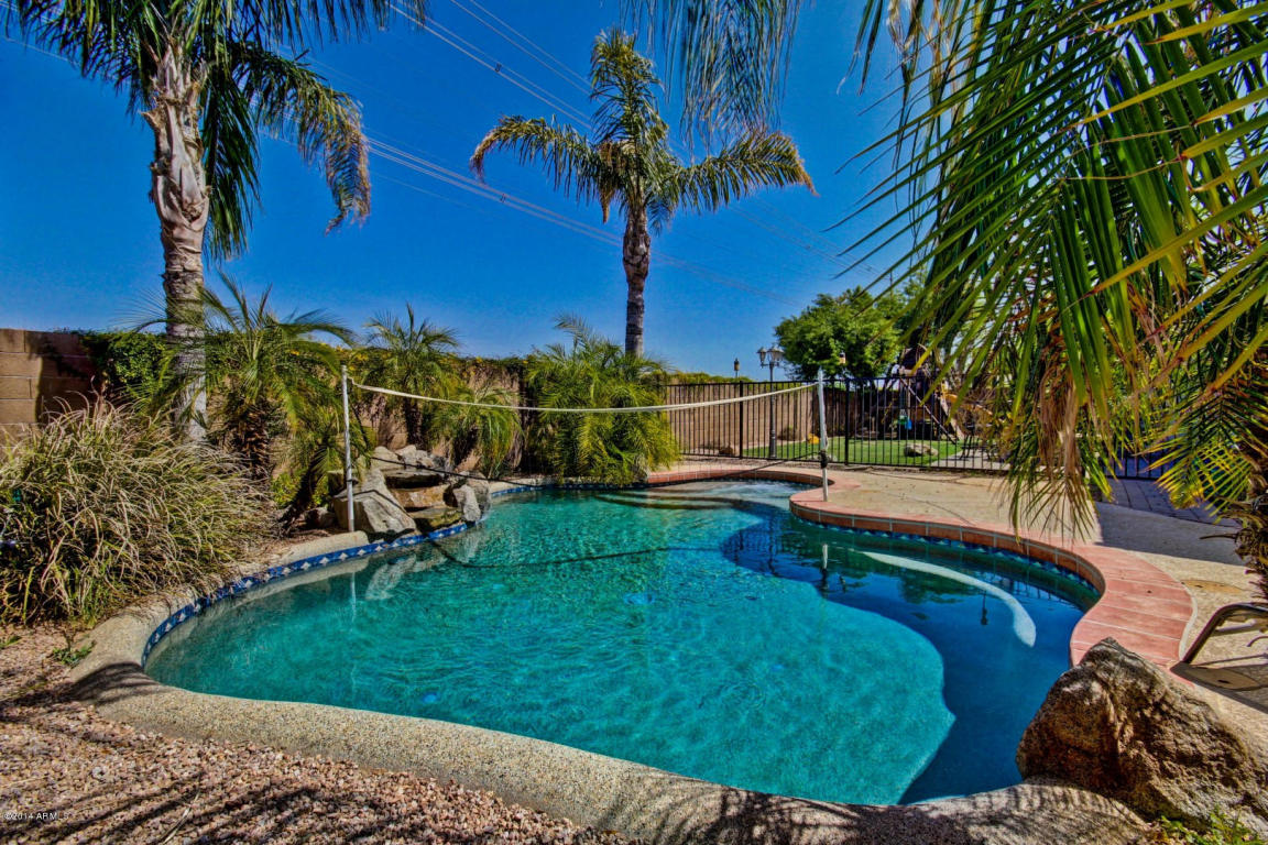 gilbert az homes for sale higley groves homes with a pool for sale